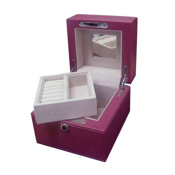 U933-1-Ostrich-jewelry-box-1